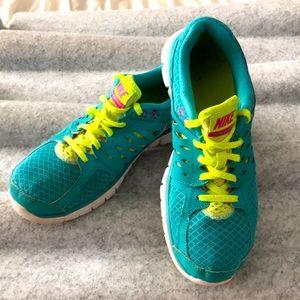 Nike Flex teal sz 9 woman's
